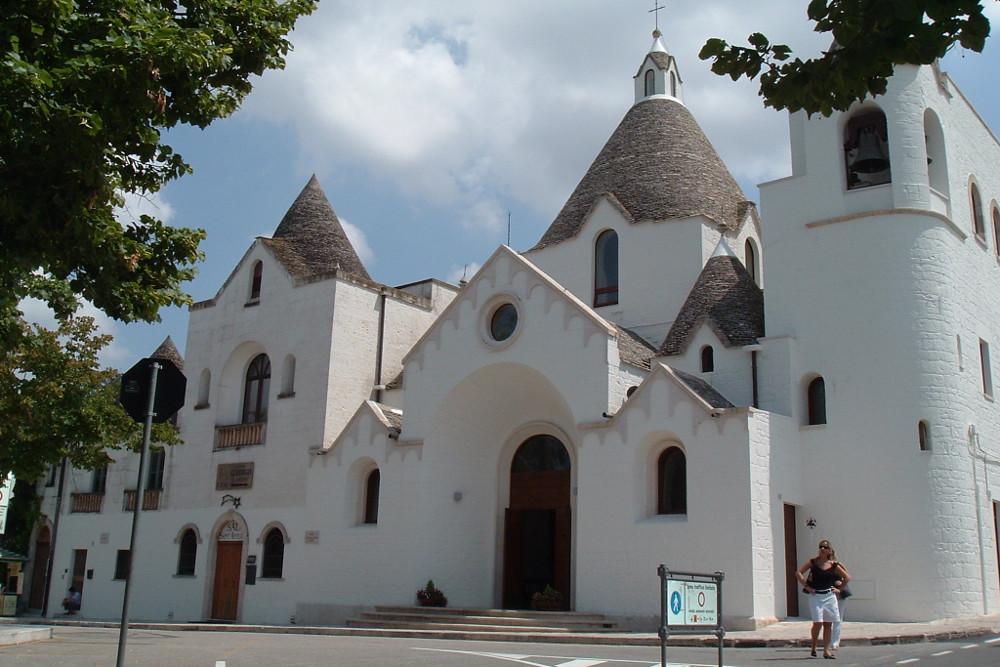 Alberobello - Chiesa di Sant