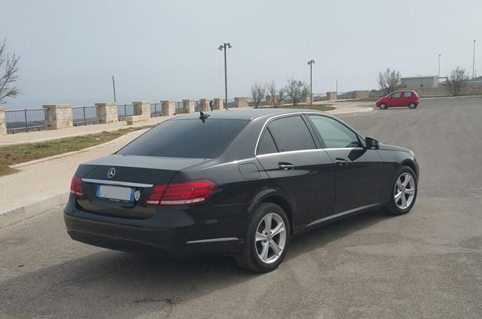 Mercedes World Transfer